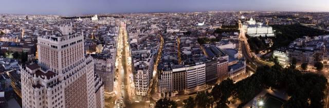 vista hacia E desde plaza de espana, de sibaris