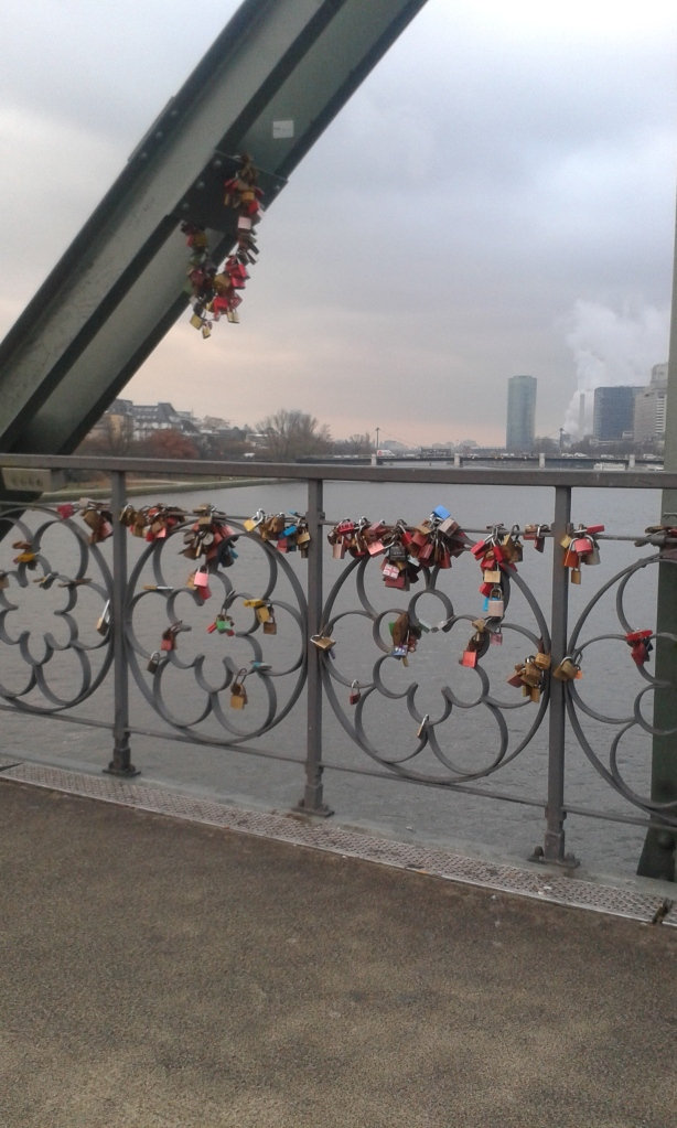 most-na-majni